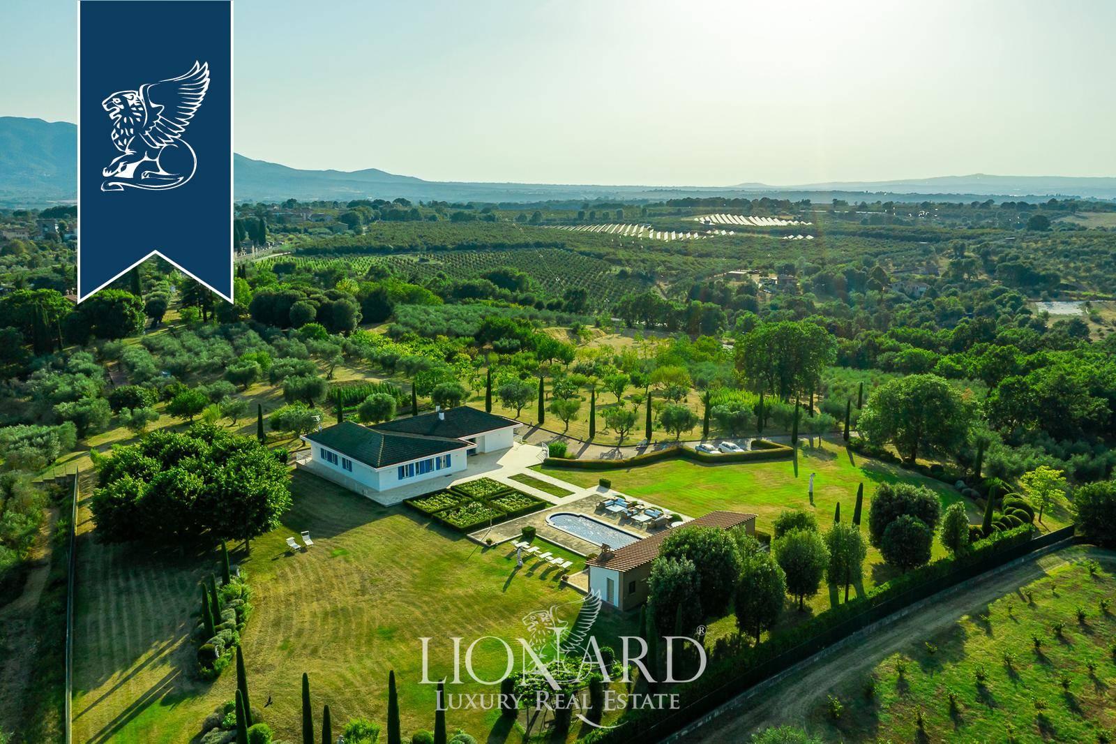 Villa in Vendita a Bassano In Teverina: 0 locali, 500 mq - Foto 2