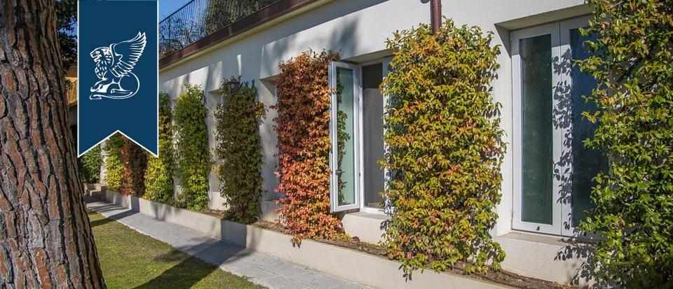 Villa in Vendita a Prato: 0 locali, 900 mq - Foto 7