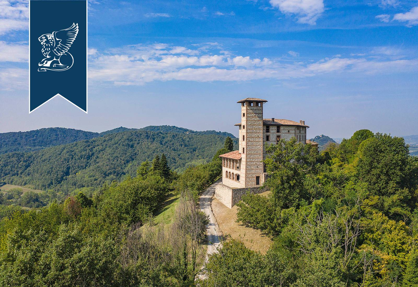 Villa in Vendita a Odalengo Piccolo: 0 locali, 1500 mq - Foto 1