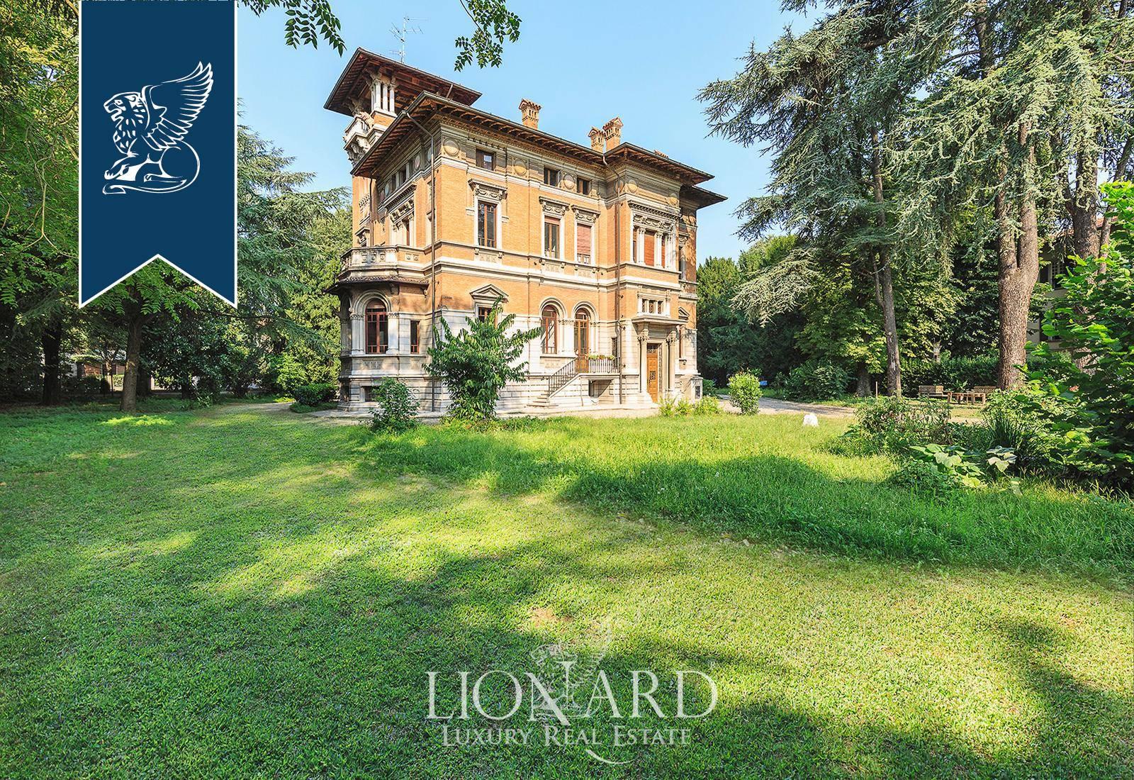 Villa in Vendita a Reggio Emilia: 1000 mq