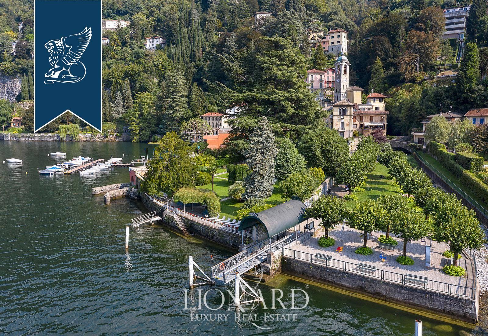 Villa in Vendita a Faggeto Lario: 700 mq