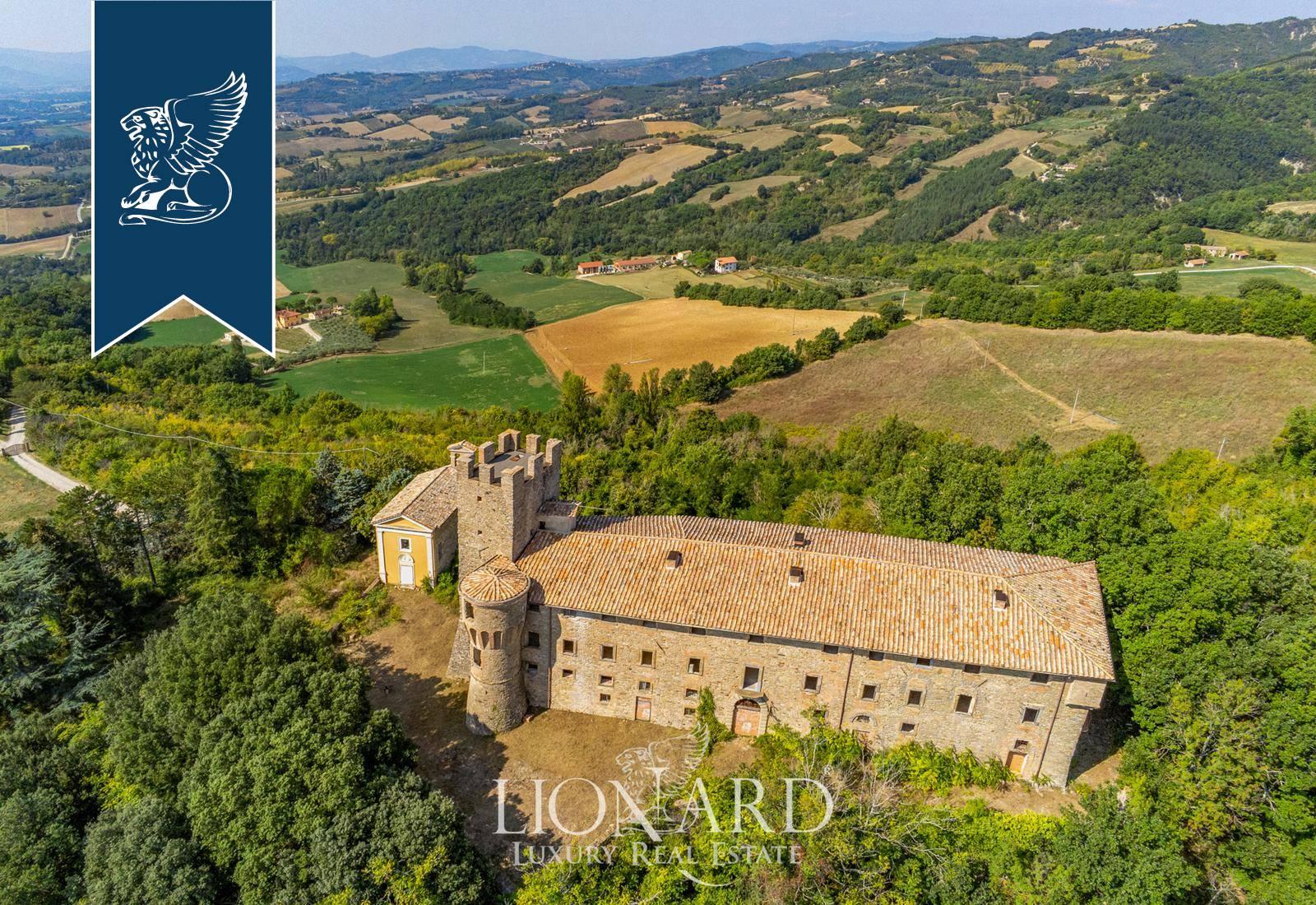 Villa in Vendita a Umbertide: 0 locali, 2600 mq - Foto 5