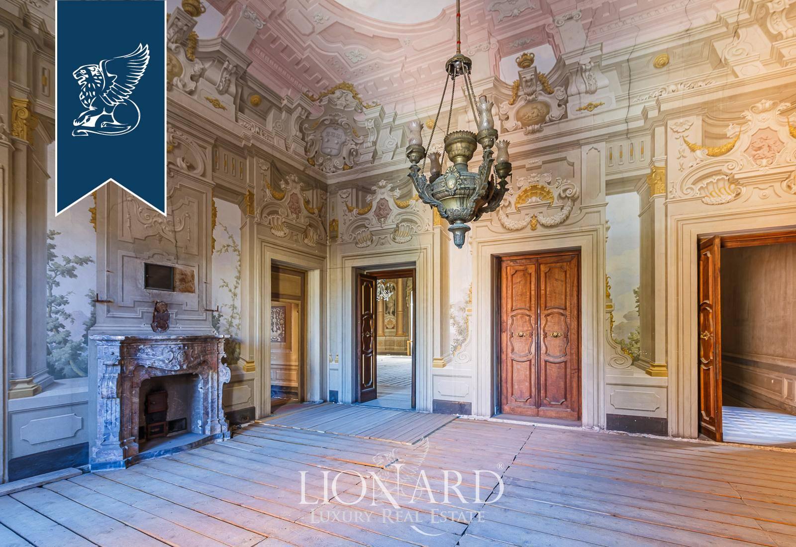 Appartamento in Vendita a Firenze: 350 mq