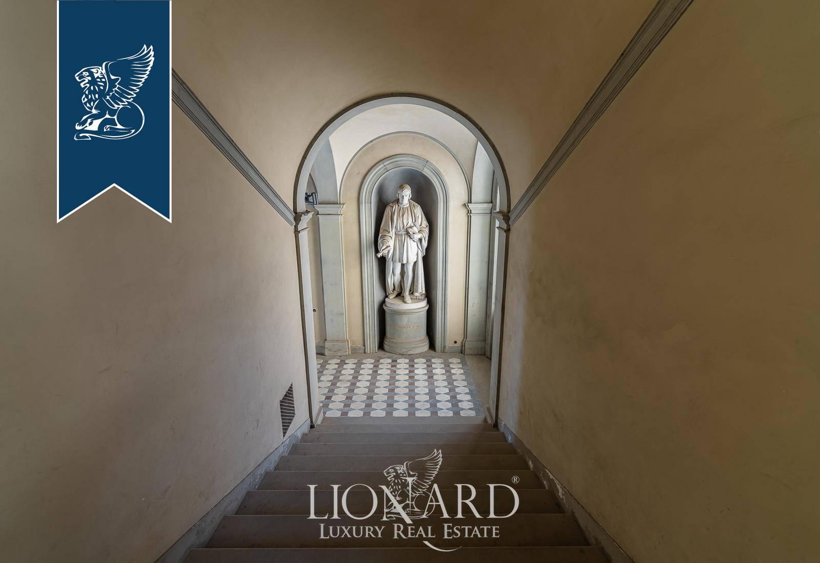 Appartamento in Vendita a Firenze: 400 mq  - Foto 1