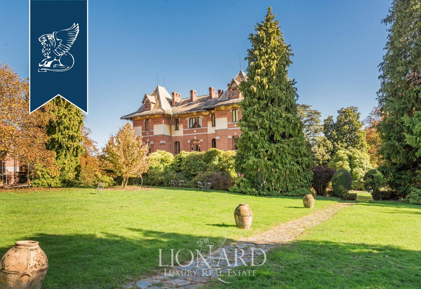 Villa in Vendita a Biella: 4000 mq