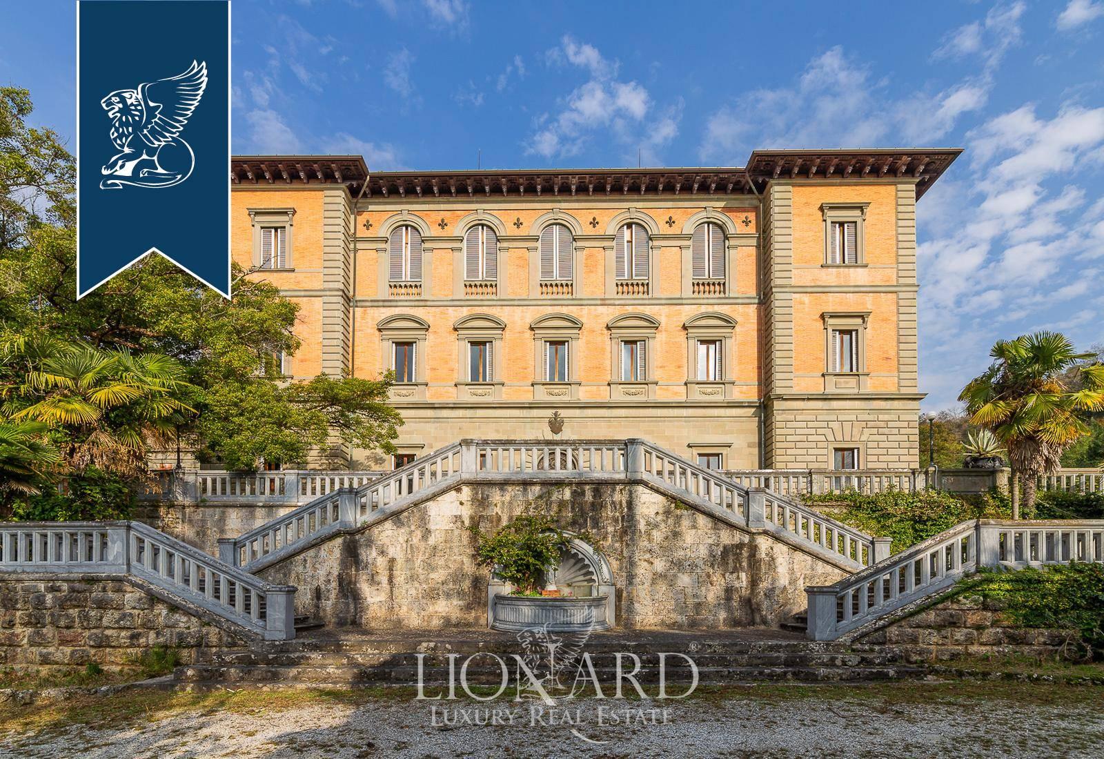 Villa in Vendita a Camaiore: 10000 mq  - Foto 1