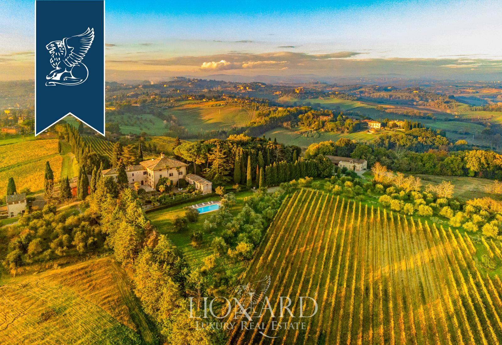 Villa in Vendita a Siena: 0 locali, 3000 mq - Foto 2