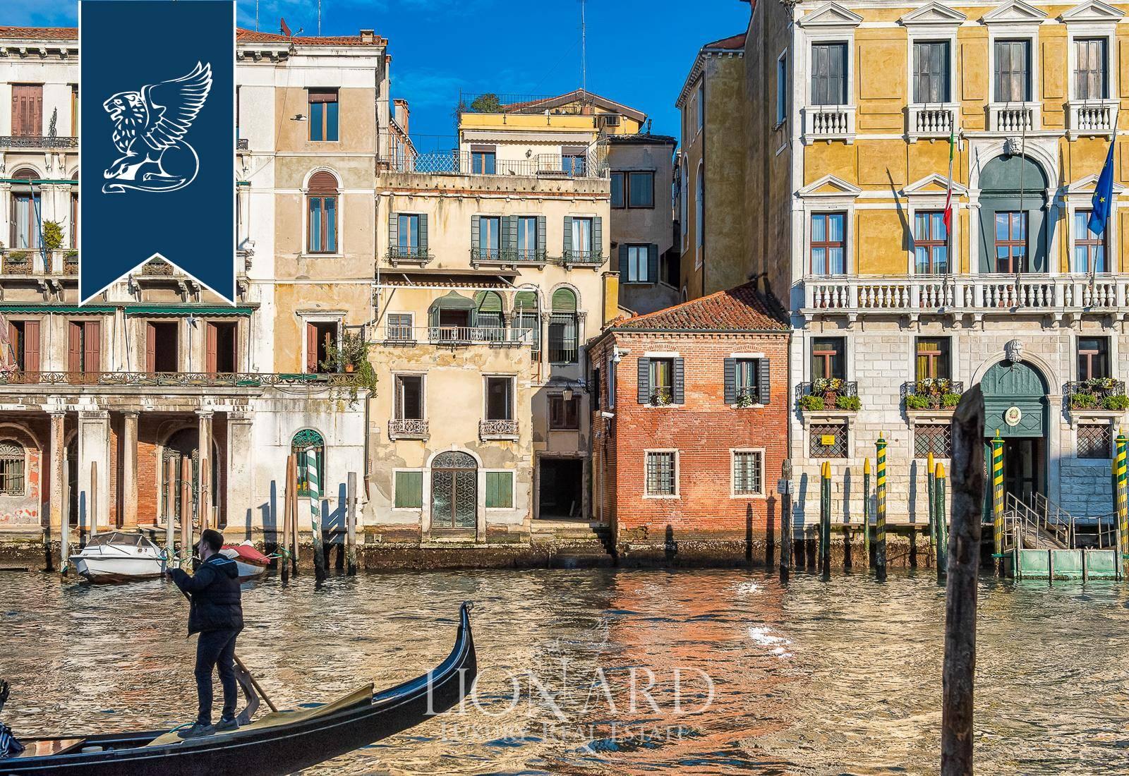 Palazzo in Vendita a Venezia: 0 locali, 320 mq - Foto 6