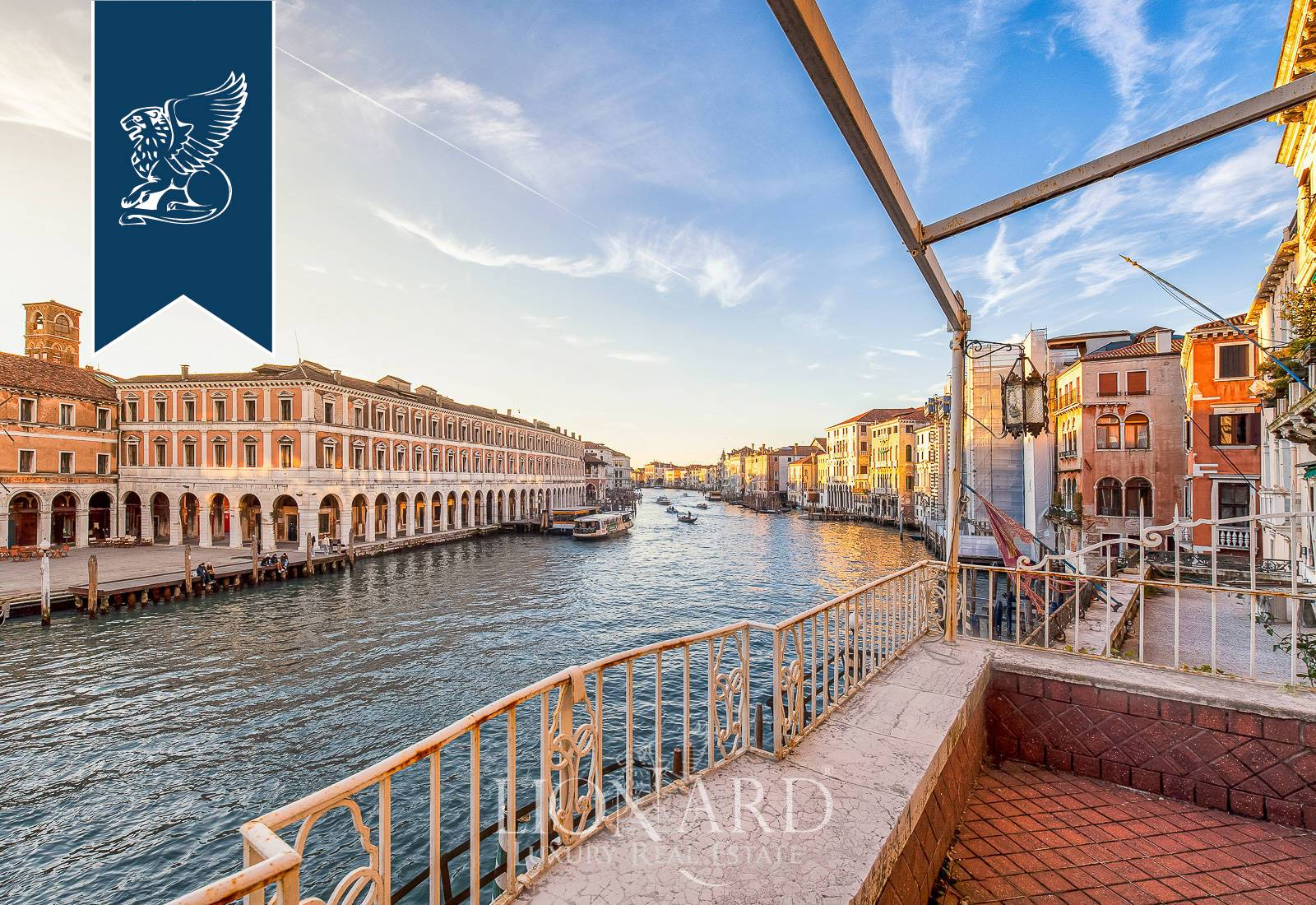 Palazzo in Vendita a Venezia: 0 locali, 320 mq - Foto 3