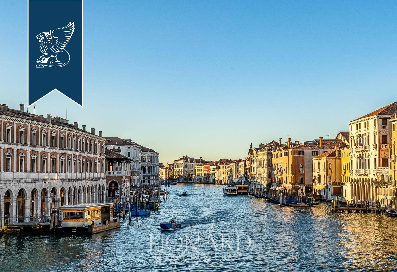 Palazzo in Vendita a Venezia: 0 locali, 320 mq - Foto 5