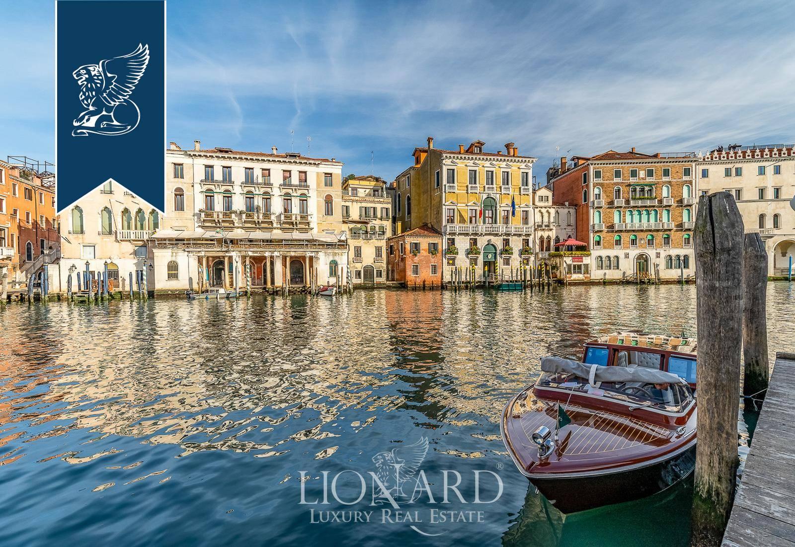 Palazzo in Vendita a Venezia: 0 locali, 320 mq - Foto 7