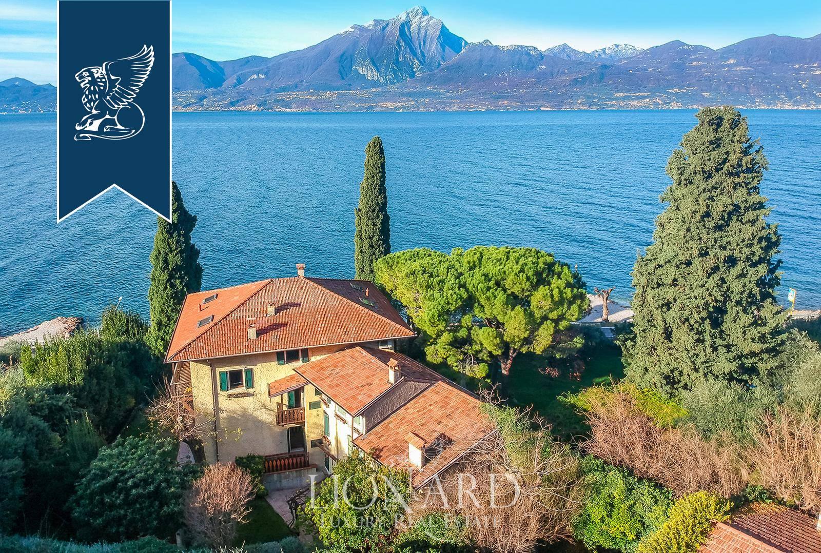 Villa in Vendita a Torri Del Benaco: 0 locali, 950 mq - Foto 2