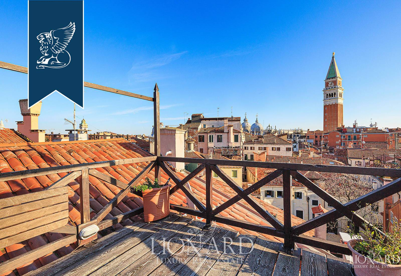 Loft open space in Vendita a Venezia: 0 locali, 430 mq - Foto 2
