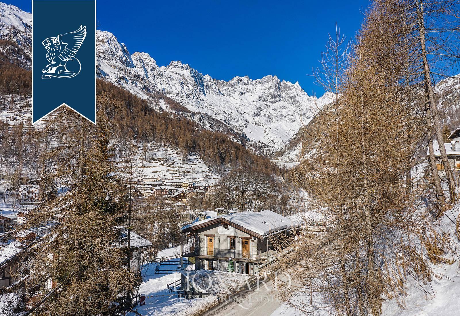 Villa in Vendita a Valtournenche: 400 mq