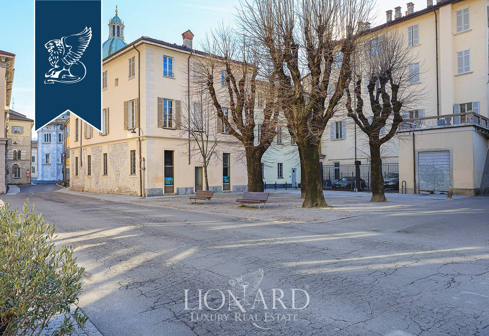 Palazzo in Vendita a Como: 0 locali, 2300 mq - Foto 2