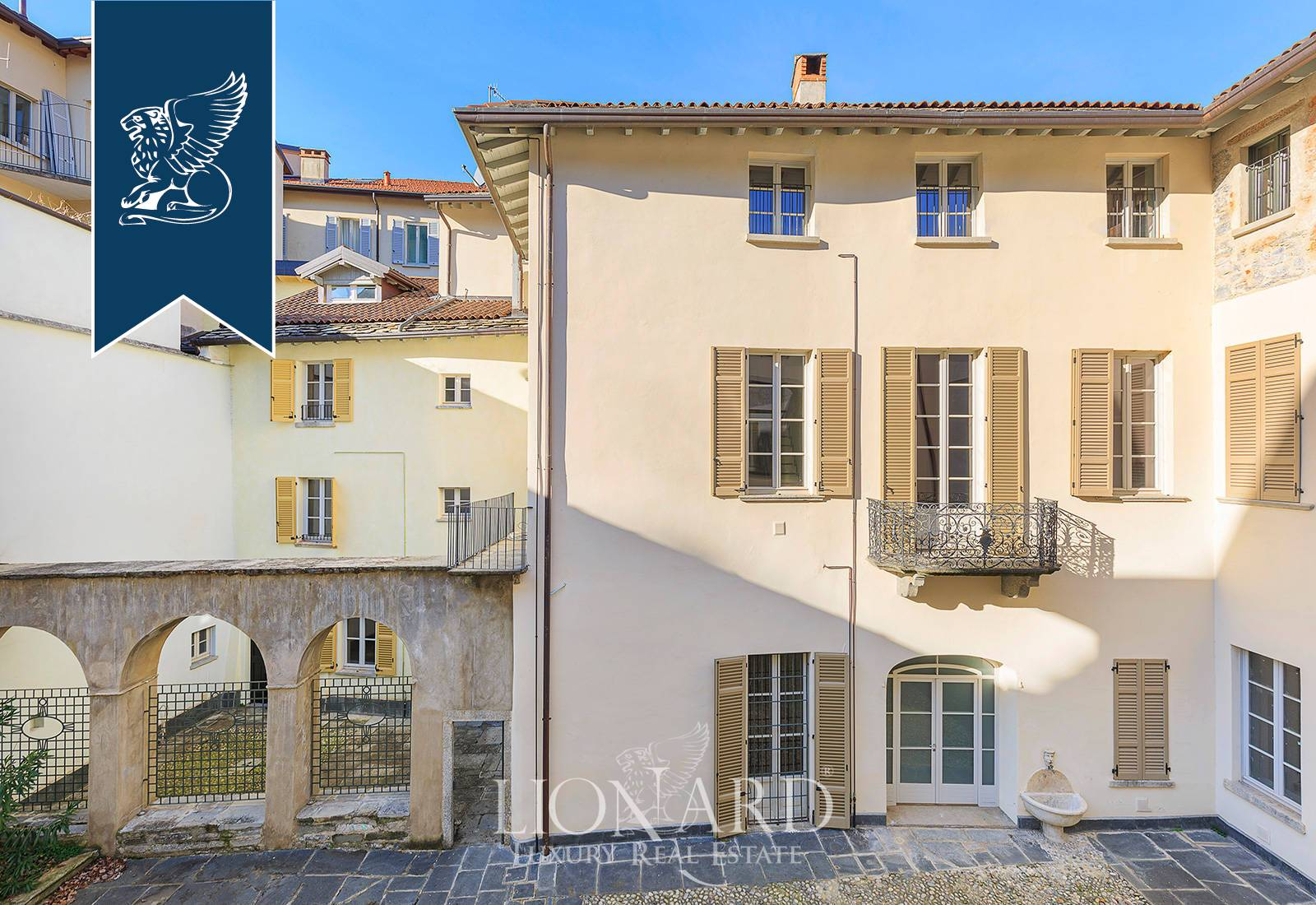 Palazzo in Vendita a Como: 0 locali, 2300 mq - Foto 4