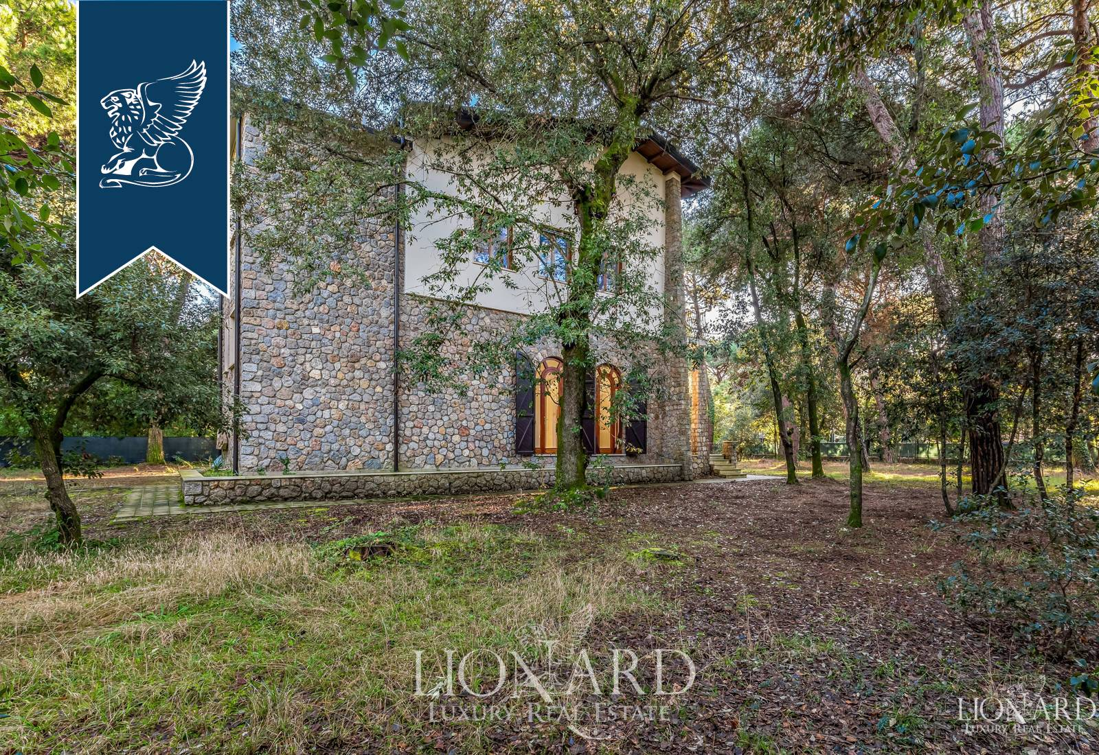 Villa in Vendita a Massa: 0 locali, 450 mq - Foto 6