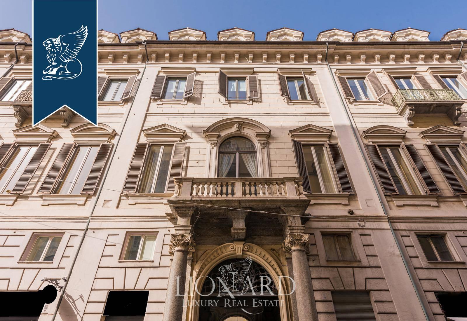 Appartamento in Vendita a Torino: 850 mq
