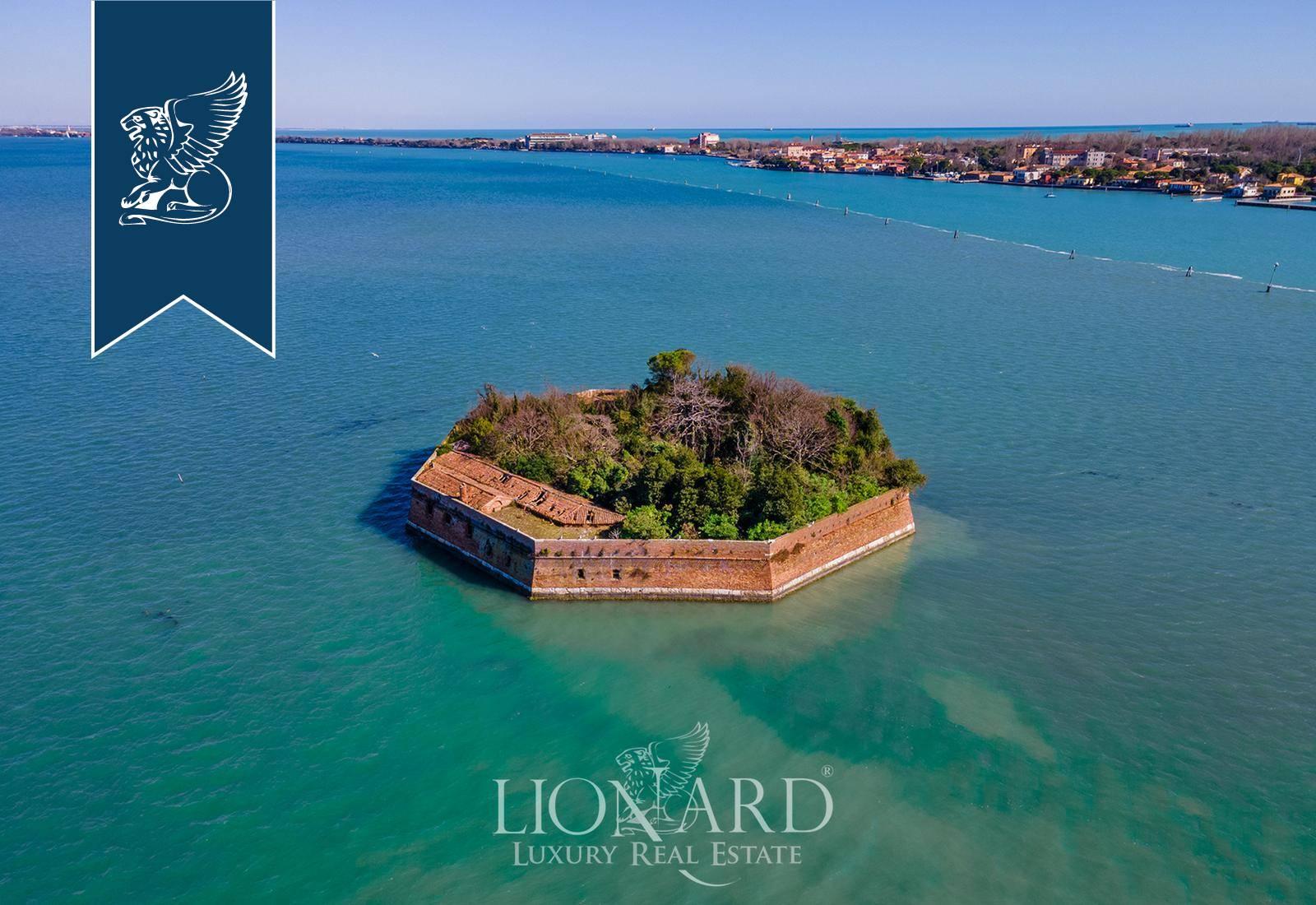 Villa in Vendita a Venezia: 0 locali, 4360 mq - Foto 2
