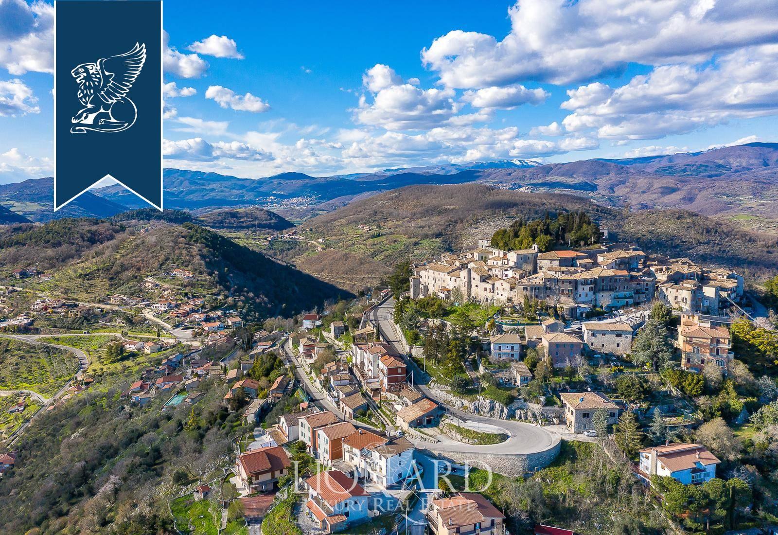 Villa in Vendita a Fumone: 0 locali, 3500 mq - Foto 4