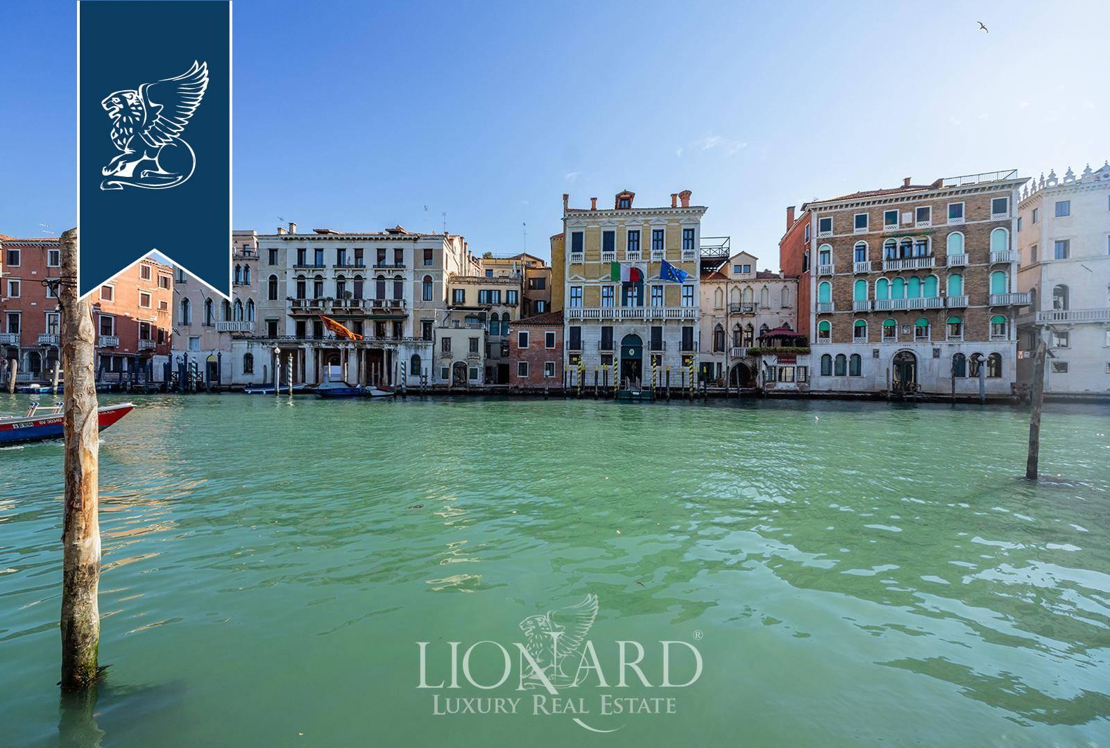 Appartamento in Vendita a Venezia: 0 locali, 185 mq - Foto 2