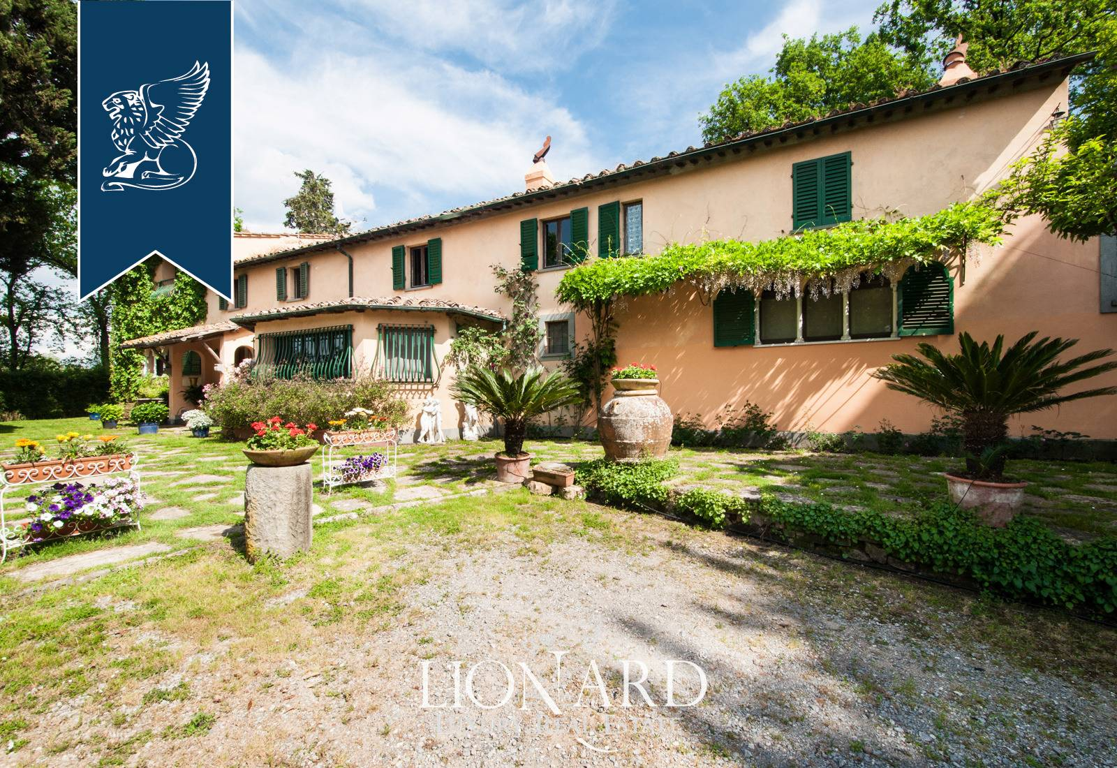 Villa in Vendita a Lucca: 0 locali, 1000 mq - Foto 2