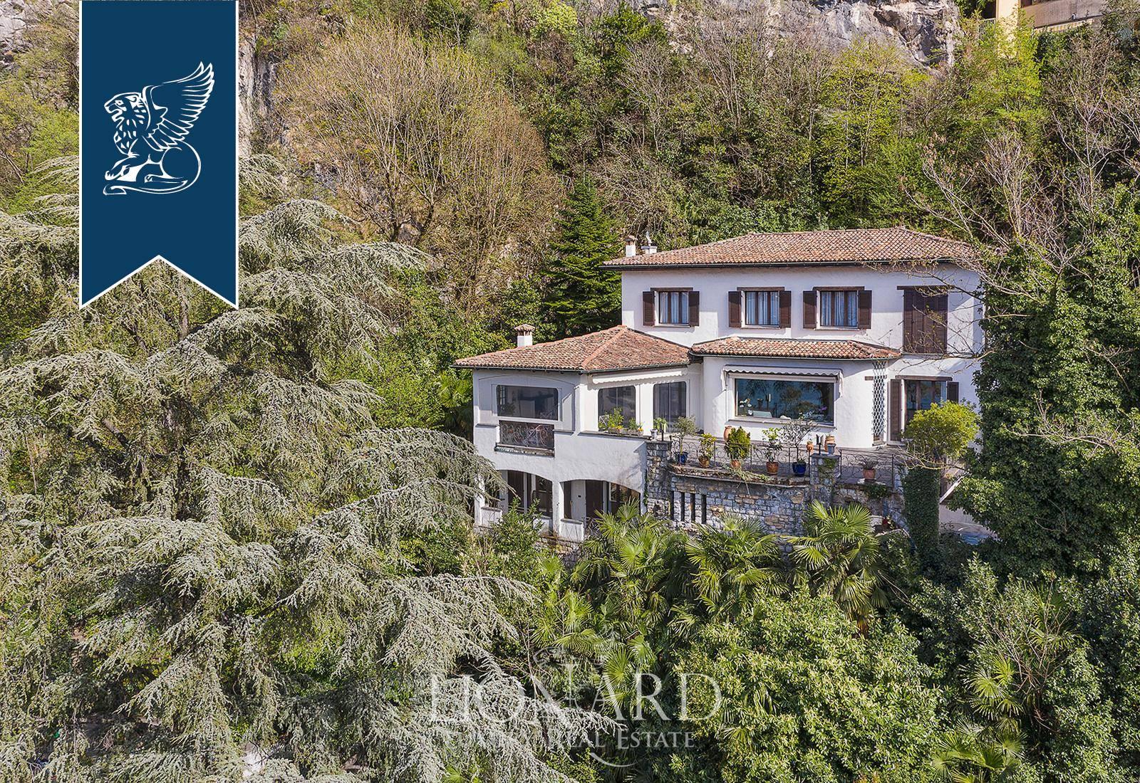 Villa in Vendita a Campione D'Italia