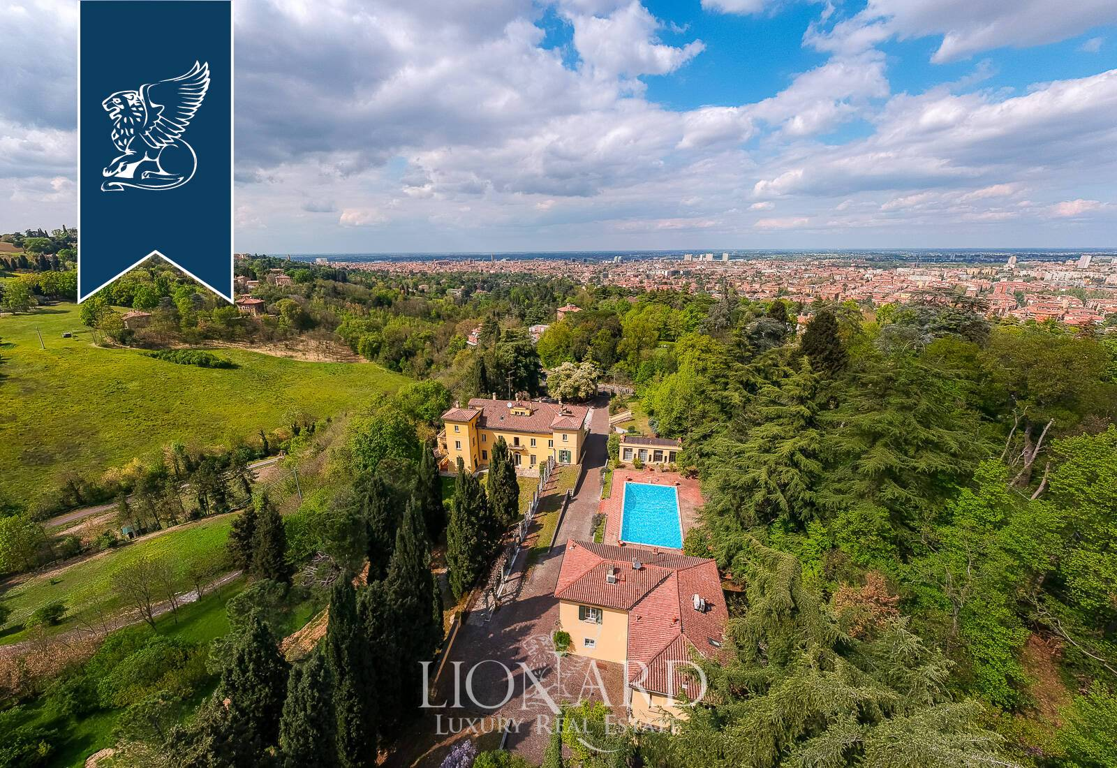 Villa in Vendita a Bologna: 0 locali, 2000 mq - Foto 5
