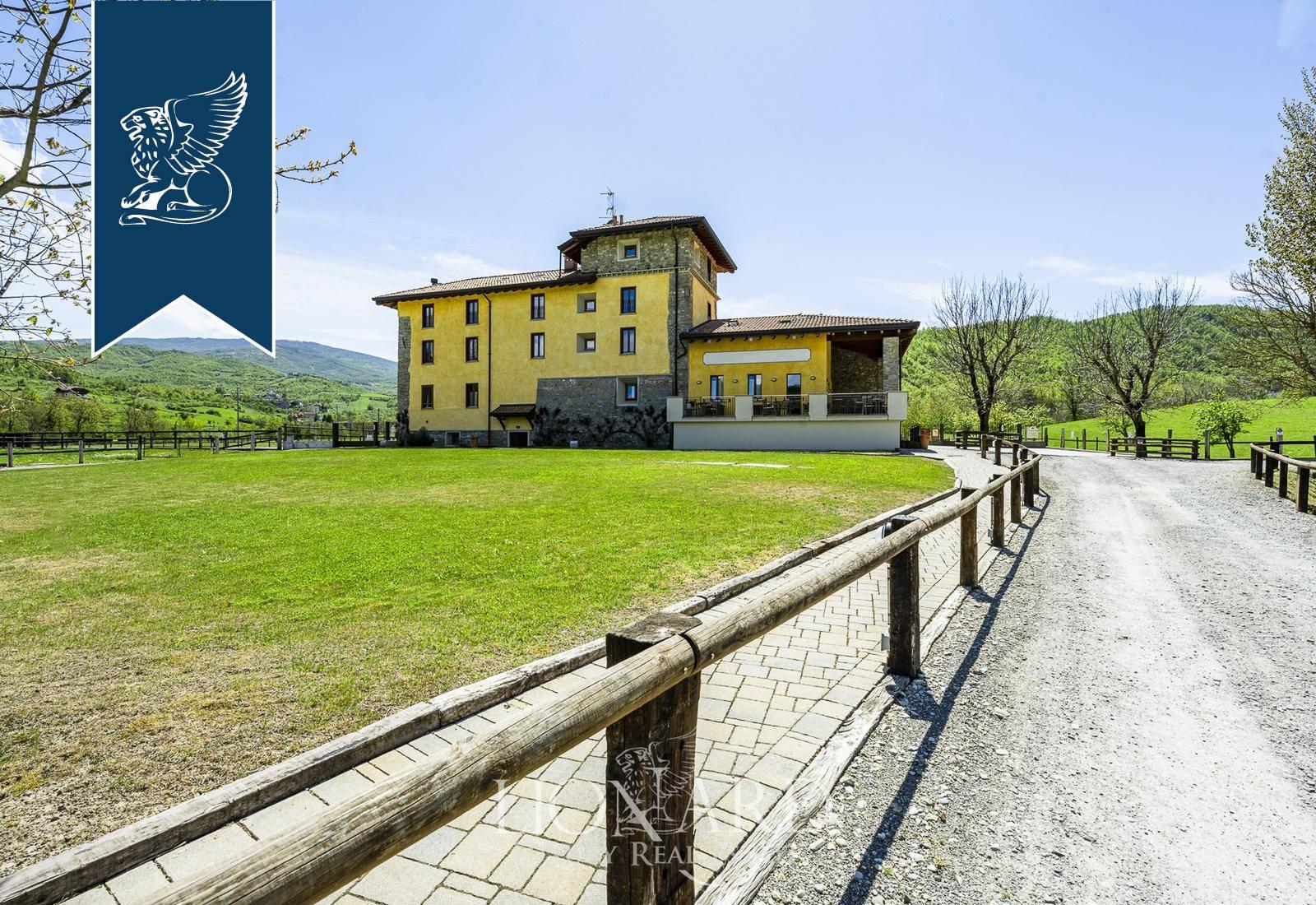 Agriturismo in Vendita a Dernice: 0 locali, 1469 mq - Foto 1