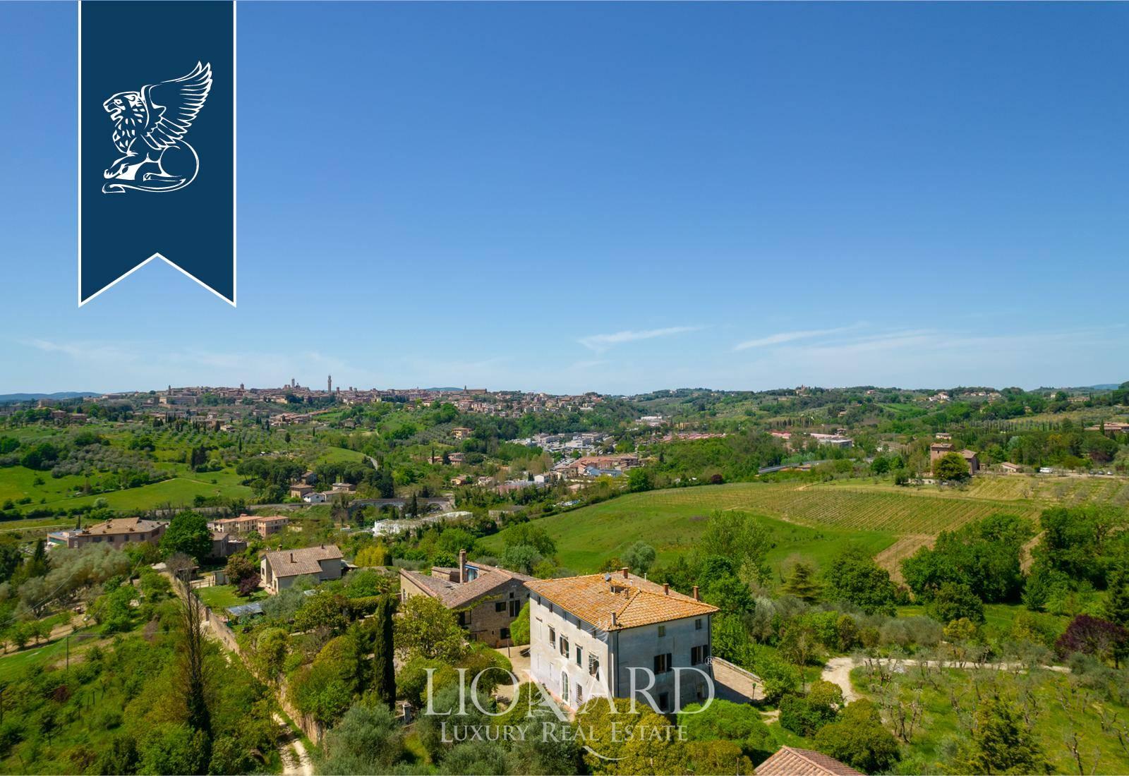 Villa in Vendita a Siena: 0 locali, 1100 mq - Foto 2