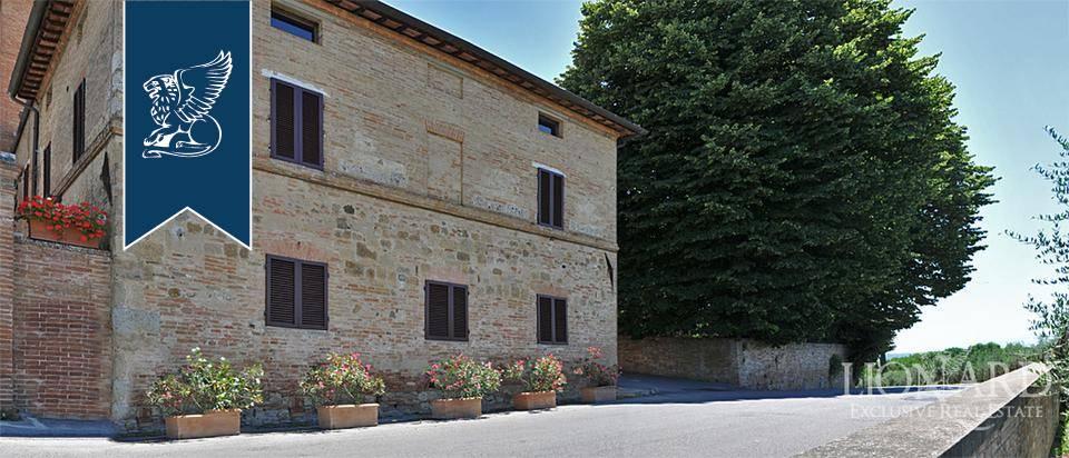 Albergo in Vendita a Monteroni D'Arbia: 0 locali, 1215 mq - Foto 2