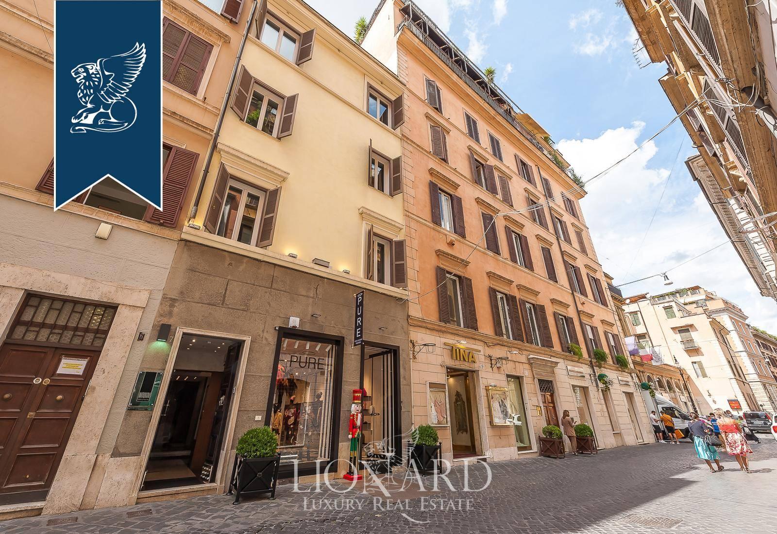 Palazzo in Vendita a Roma