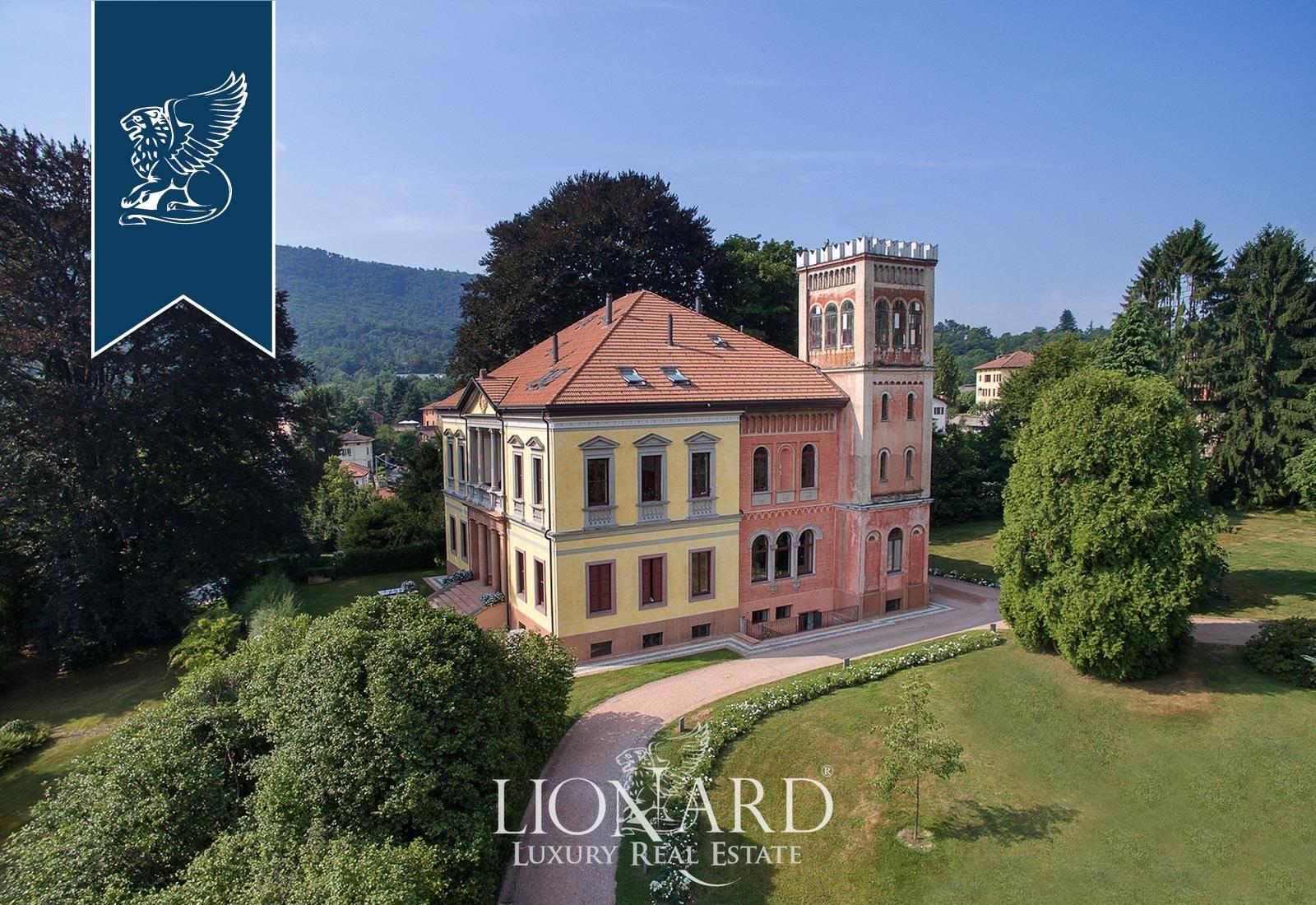 Villa in Vendita a Cadegliano-Viconago: 1200 mq  - Foto 1