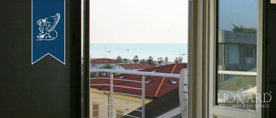 Appartamento in Vendita a Camaiore: 0 locali, 120 mq - Foto 1