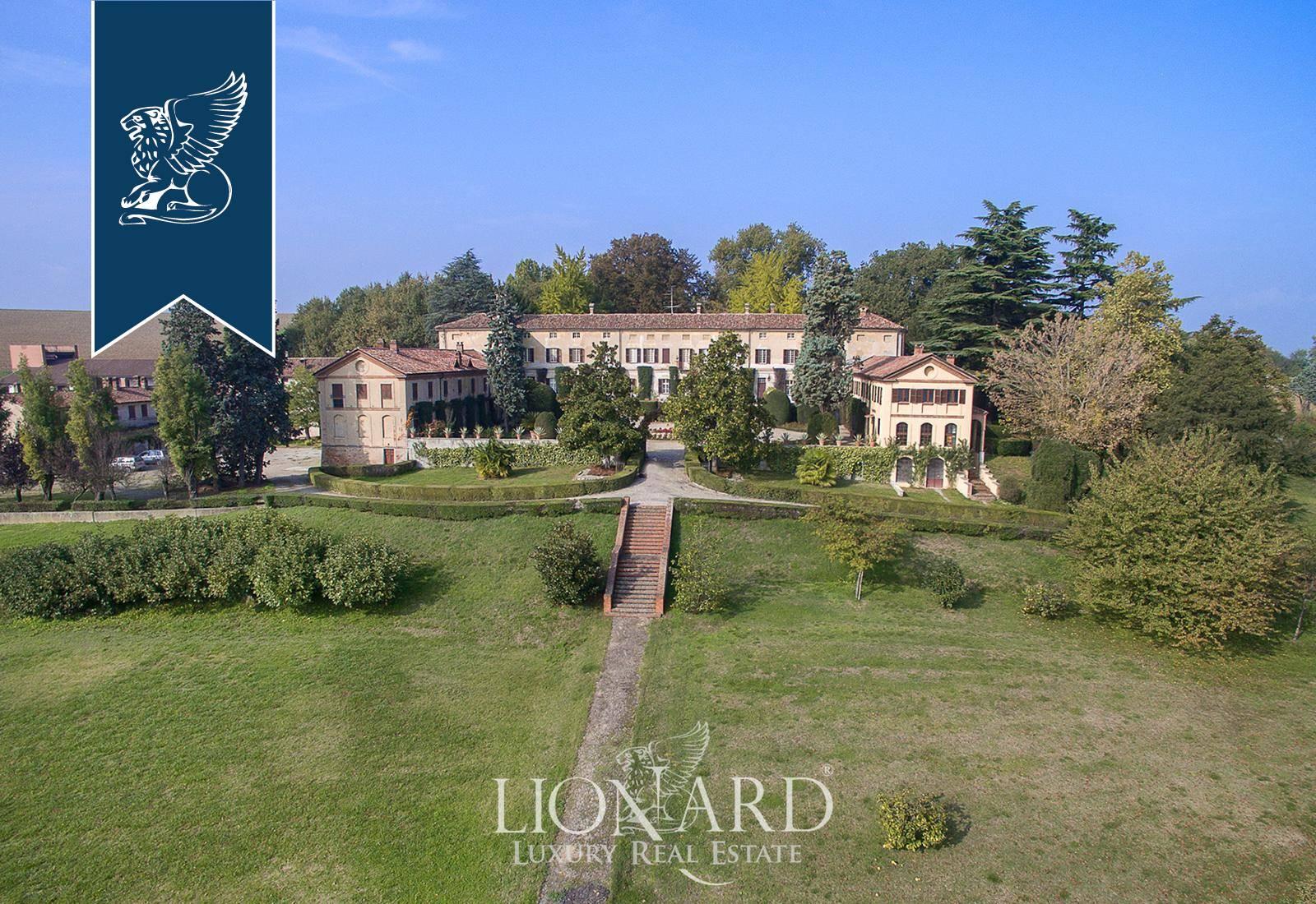 Villa in Vendita a Valenza: 0 locali, 3300 mq - Foto 1