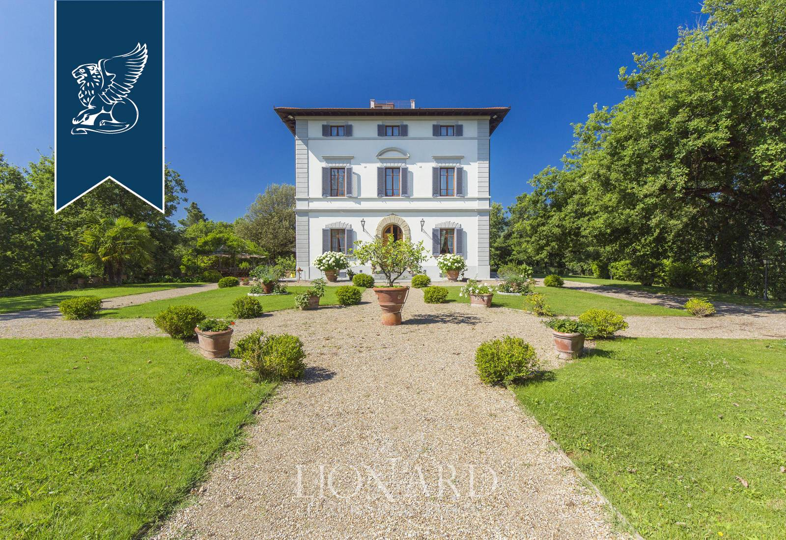 Villa in Vendita a Cavriglia: 1000 mq