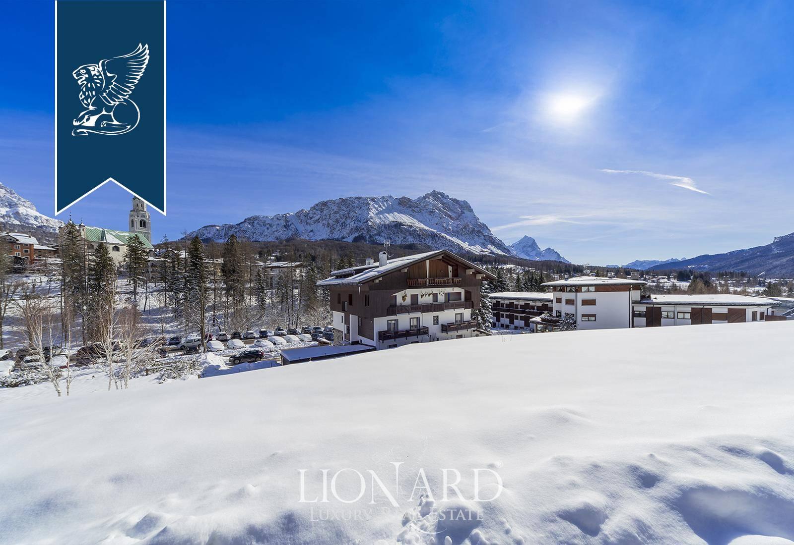 Appartamento in Vendita a Cortina D'Ampezzo: 0 locali, 180 mq - Foto 3