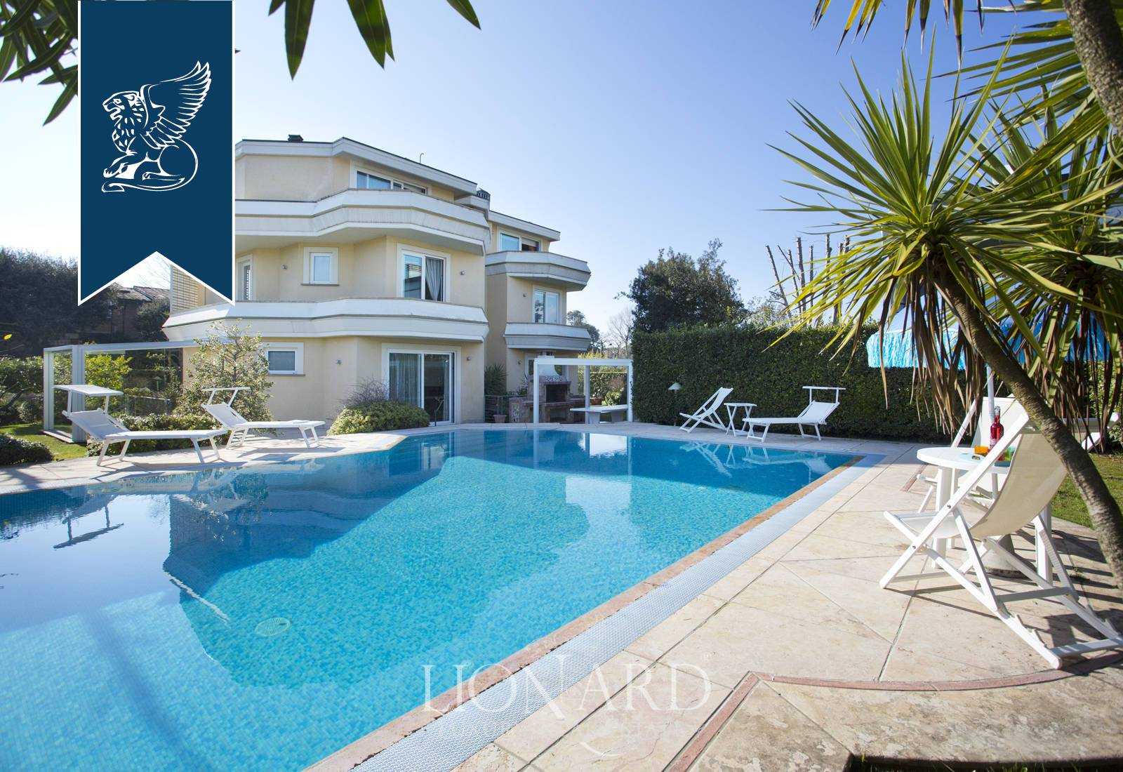 Villa in Vendita a Camaiore: 0 locali, 600 mq - Foto 2