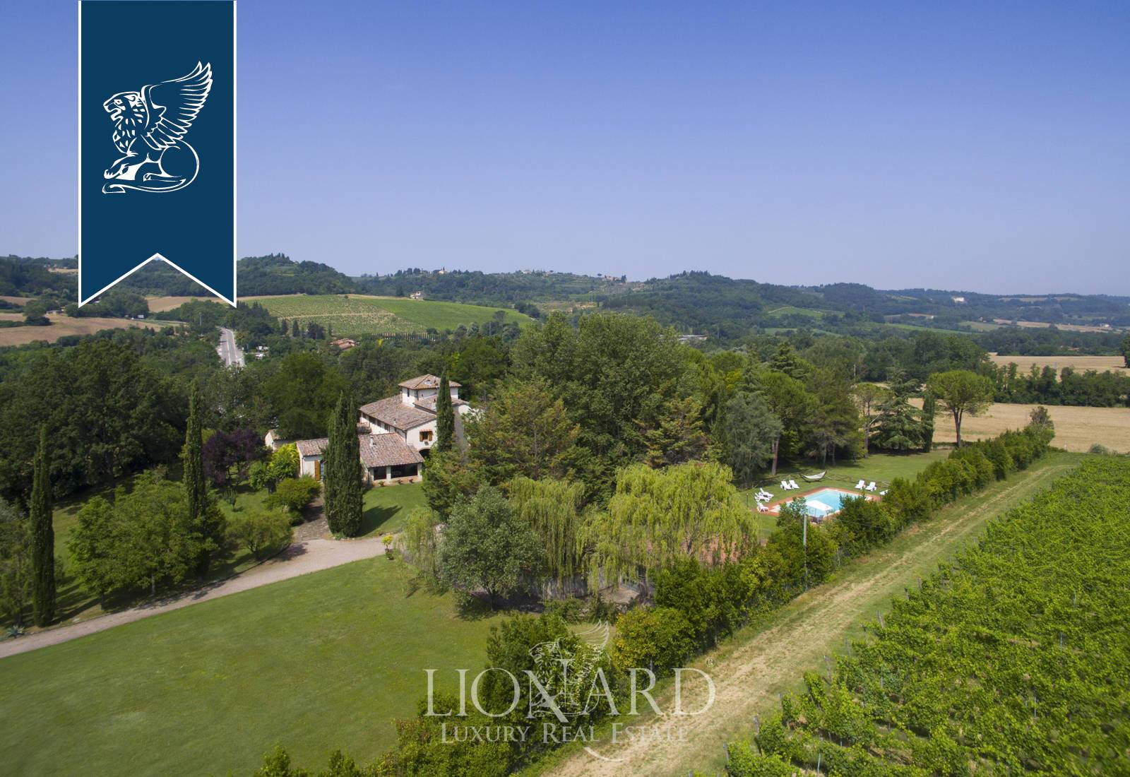 Villa in Vendita a San Casciano In Val Di Pesa: 800 mq  - Foto 1