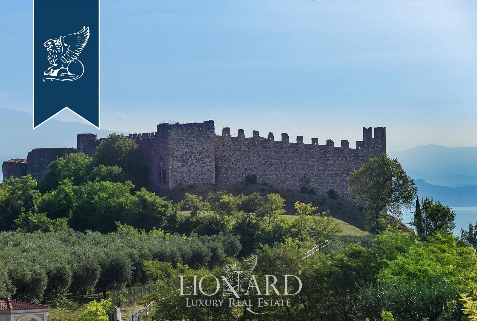 Appartamento in Vendita a Padenghe Sul Garda