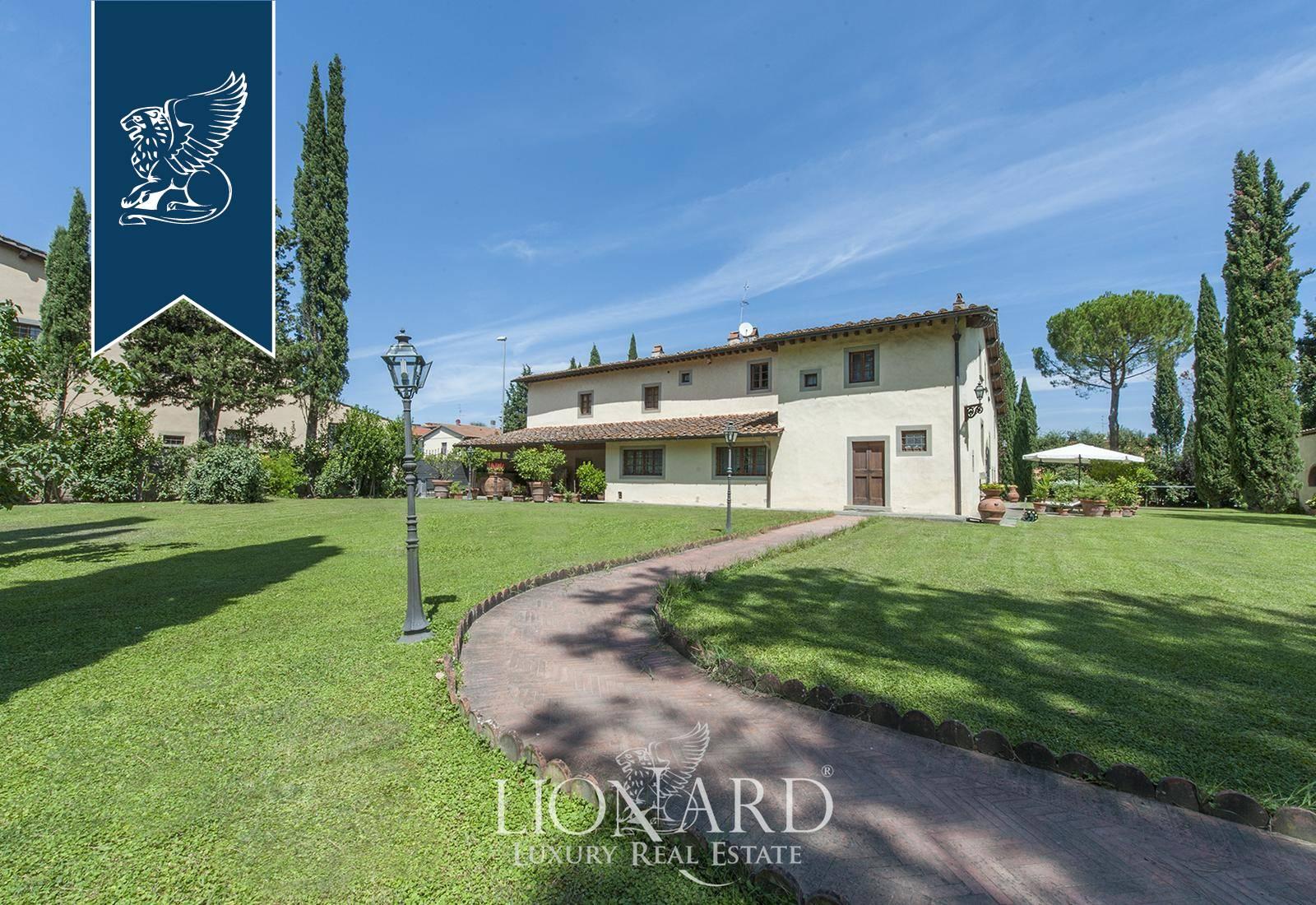 Villa in Vendita a Scandicci: 900 mq