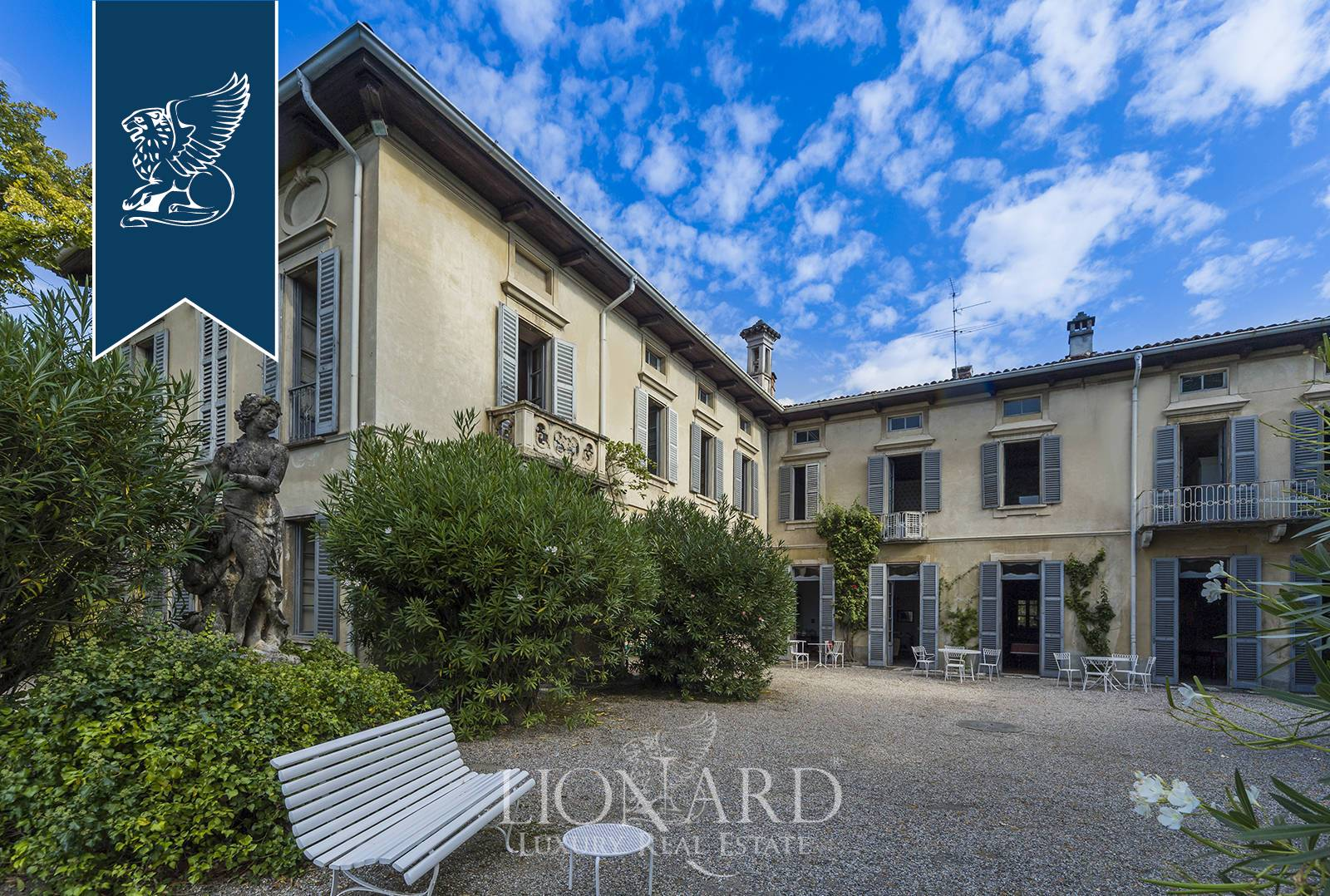 Villa in Vendita a Erba: 0 locali, 2200 mq - Foto 9