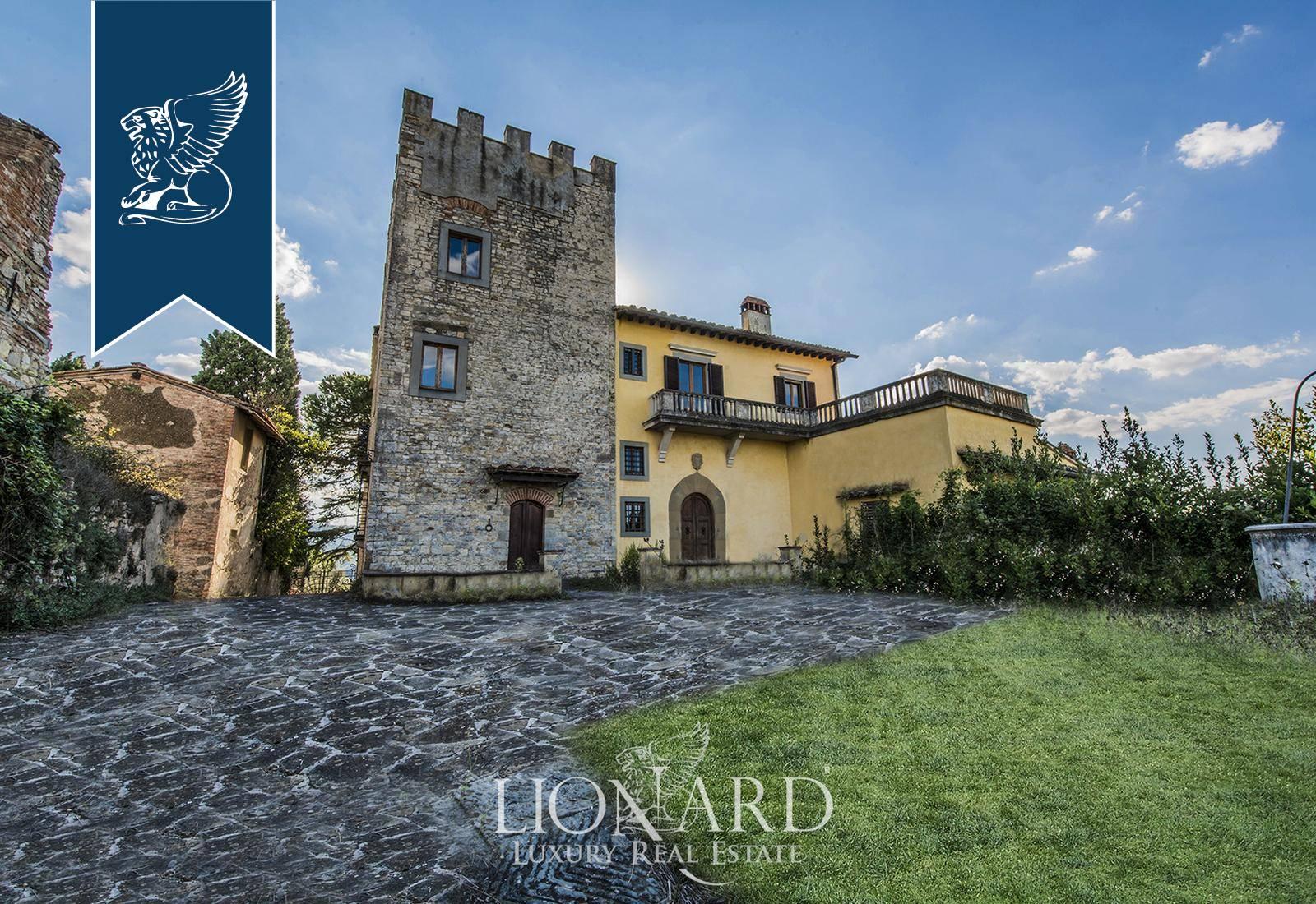 Villa in Vendita a Scandicci: 850 mq