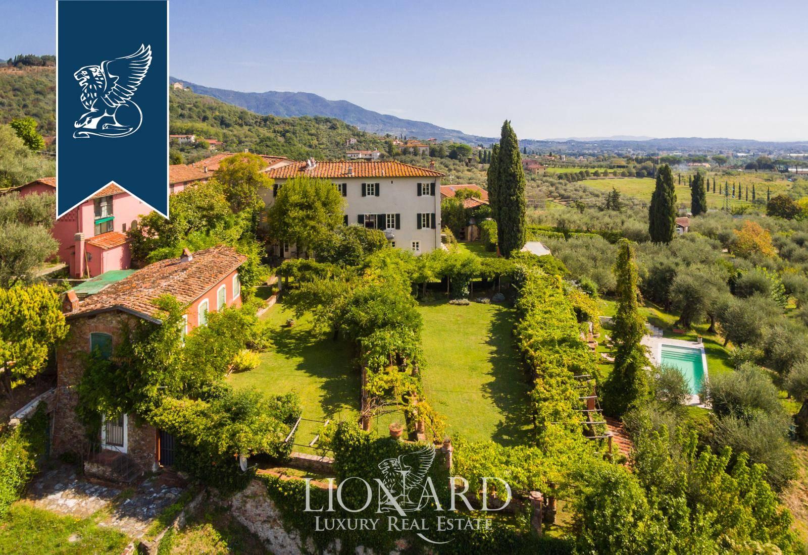 Villa in Vendita a Lucca: 0 locali, 750 mq - Foto 2