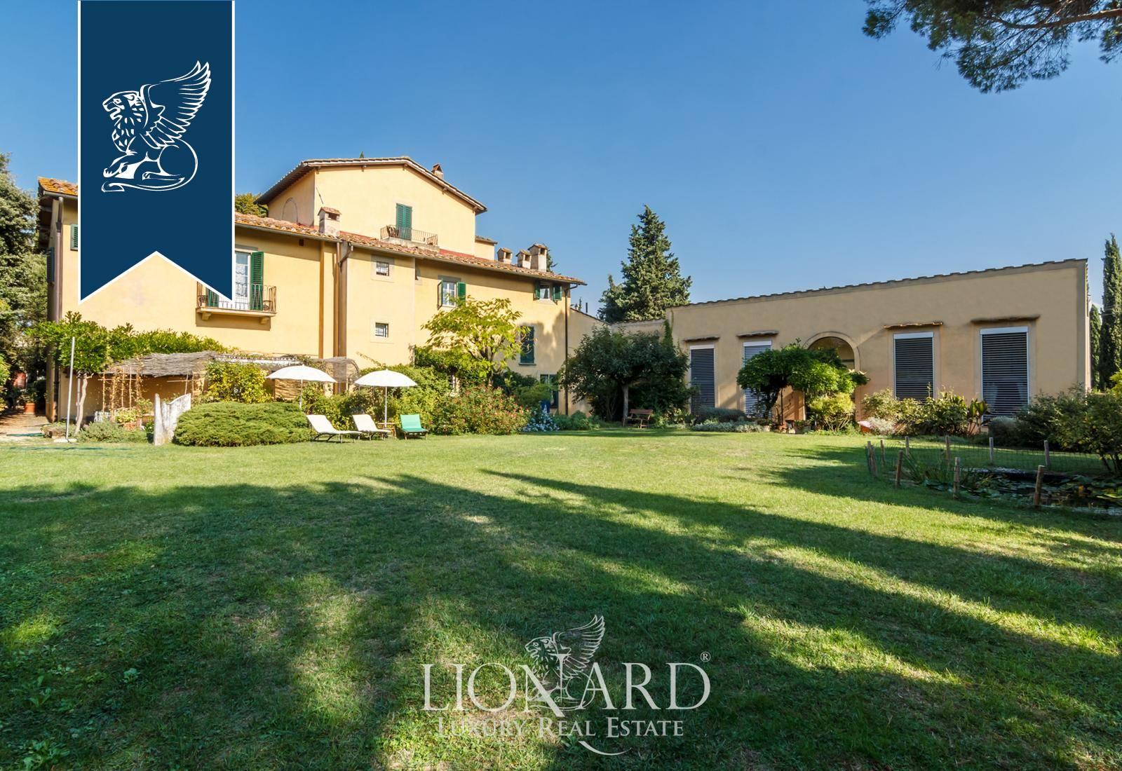 Villa in Vendita a Firenze: 700 mq