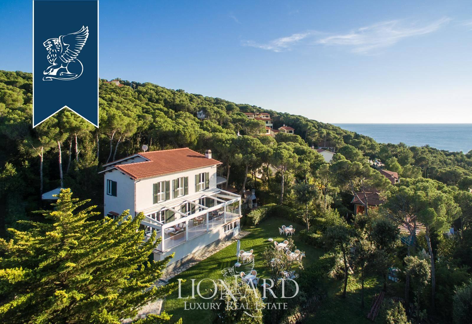 Villa in Vendita a Rosignano Marittimo: 300 mq