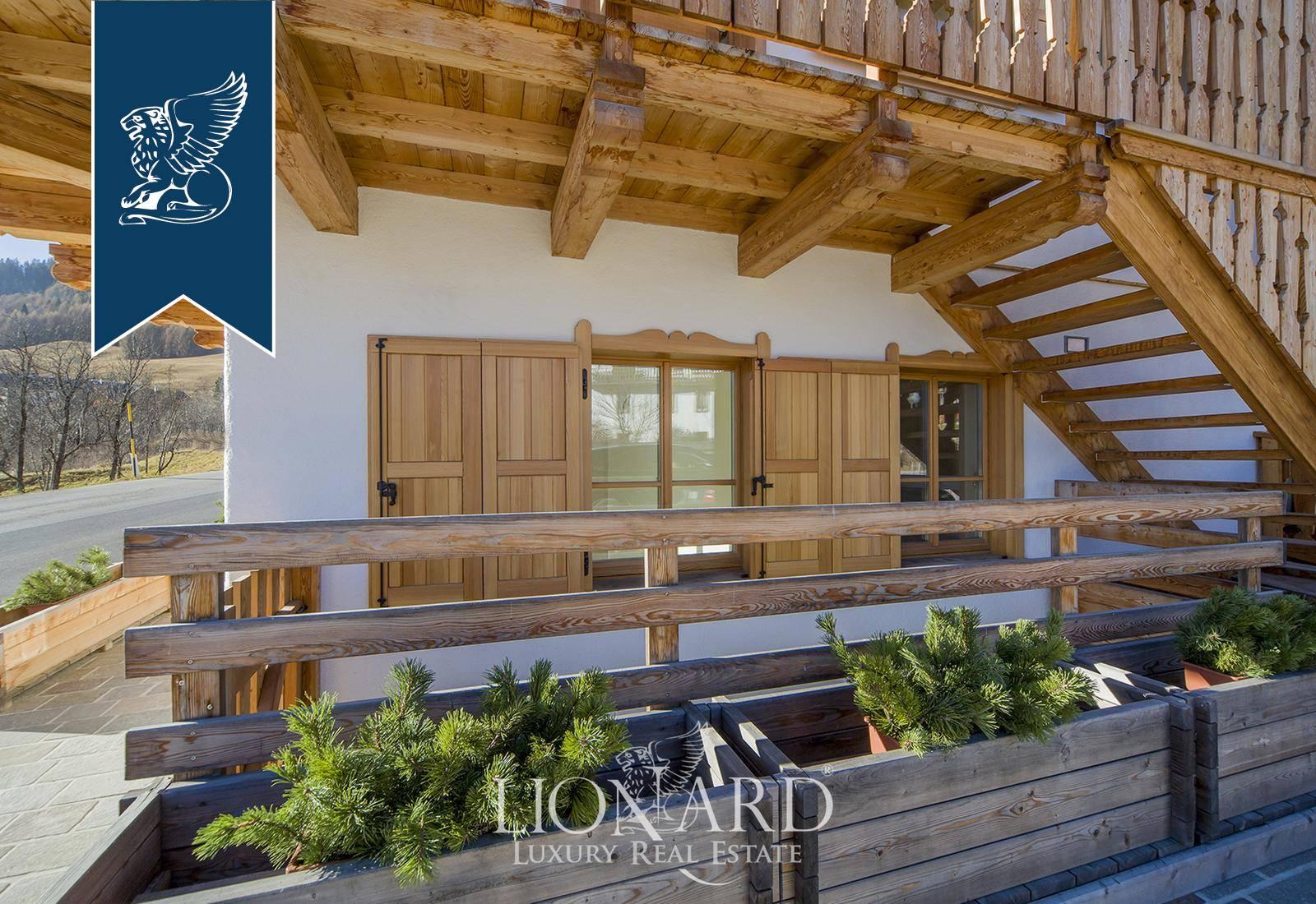 Appartamento in Vendita a Cortina D'Ampezzo: 100 mq  - Foto 1