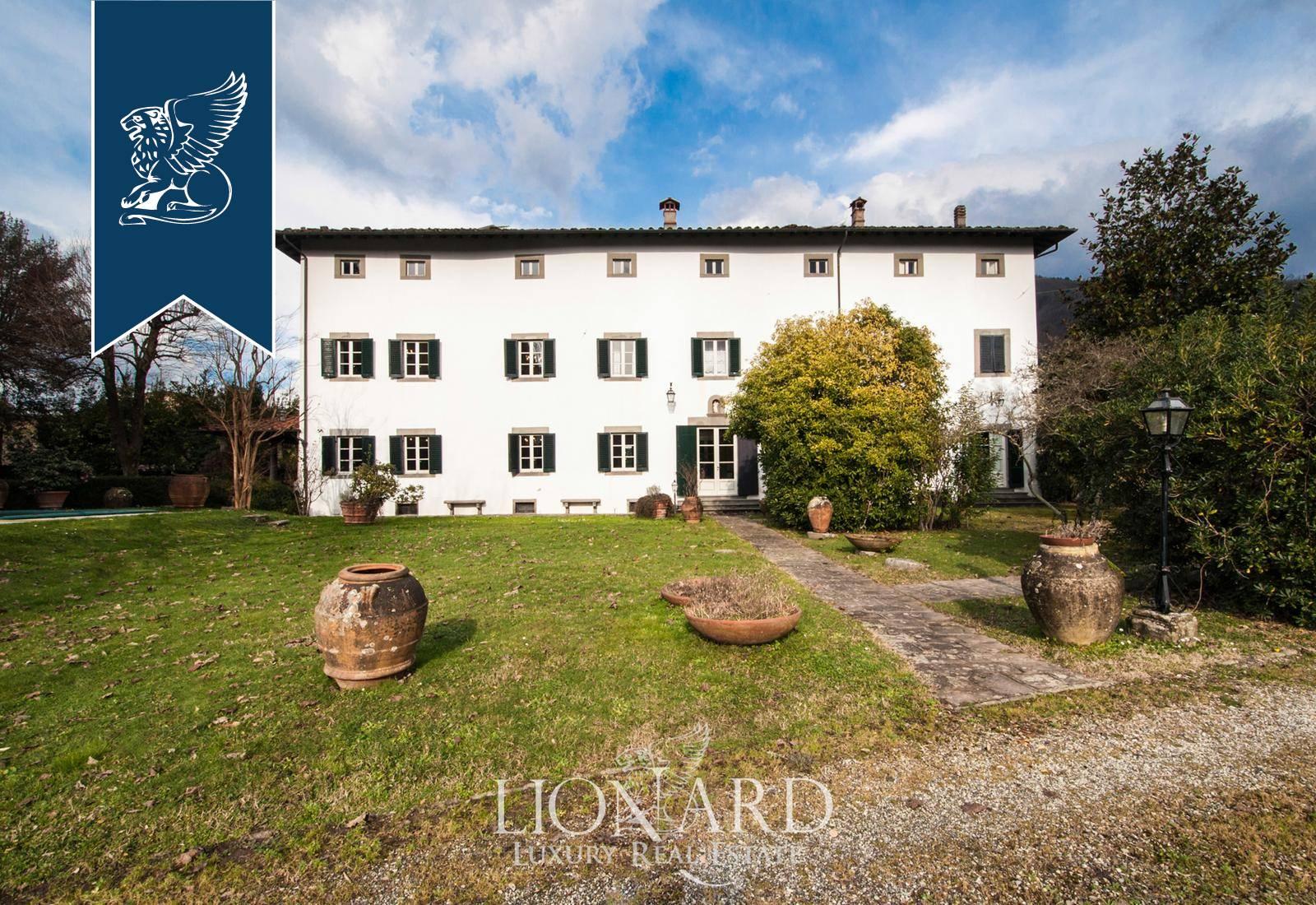 Villa in Vendita a Bagni Di Lucca: 800 mq