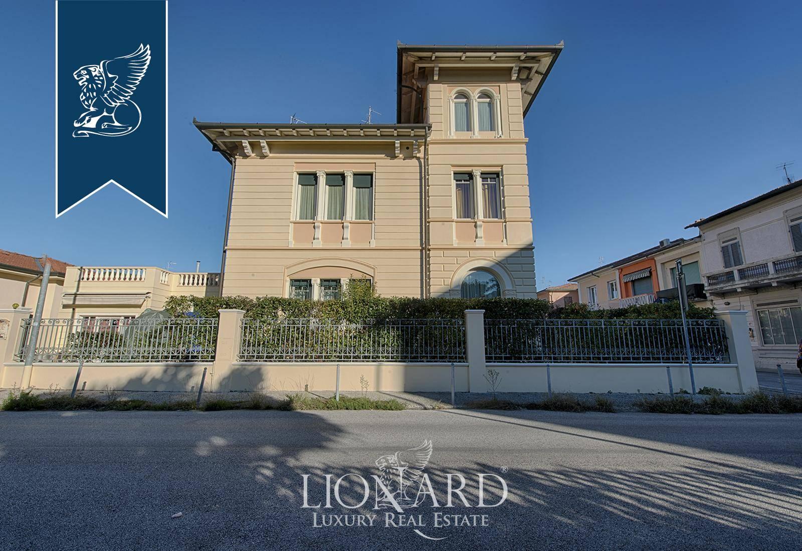 Villa in Vendita a Viareggio: 0 locali, 300 mq - Foto 2
