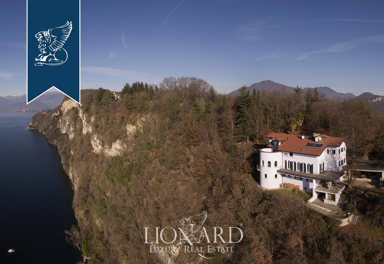 Villa in Vendita a Leggiuno: 0 locali, 700 mq - Foto 1